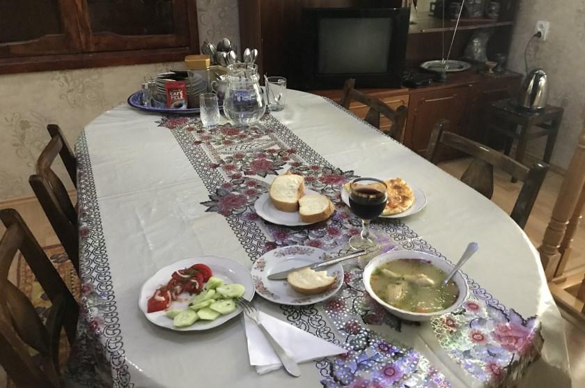 gruzinska goscinnosc kolacja