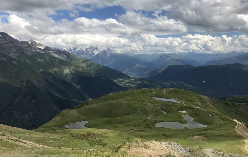 mestia jeziorka koruldi widok z gory
