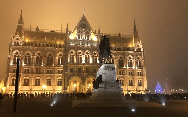 wegry budapeszt budynek parlamentu